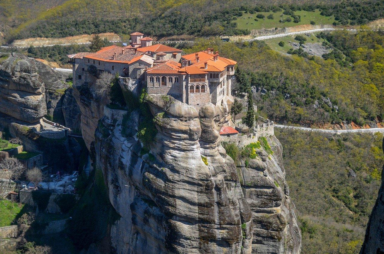 Dziewięciodniowa wycieczka szkolna do Grecji. Zwiedzanie Aten, Myken, Delf i Peloponezu