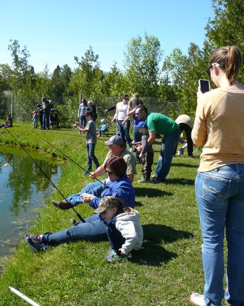 Kids Fishing Day 2017