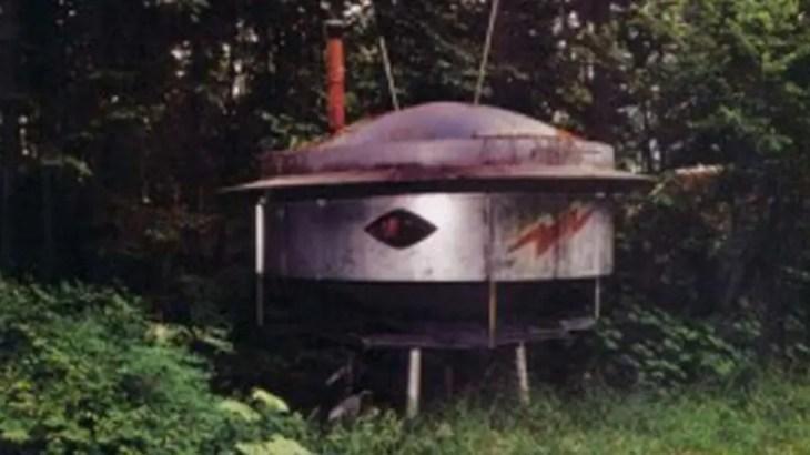 【未解決】裏庭にUFO残して失踪した男の謎…事件の背後に宇宙人が