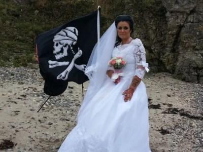 幽霊海賊と結婚した女性がスピード離婚