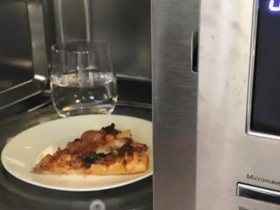 ドミノピザお勧めの冷めたピザを温める方法