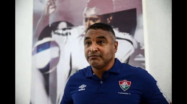 Roger Machado ousa na escalação e define time titular para encarar o Botafogo