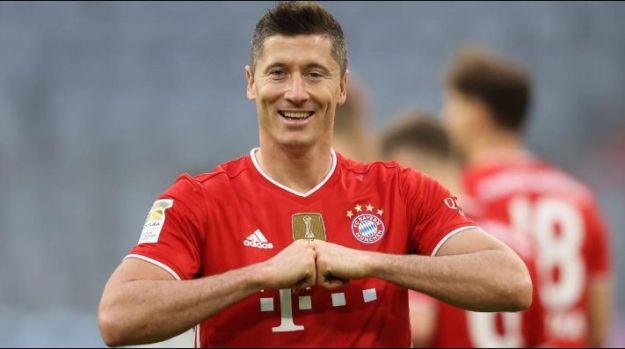 Lewa: quer atuar no Real Madrid (Foto: Alexander Hassenstein/Getty Images/Alemanha)