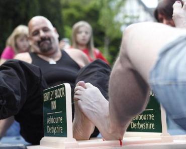 Campeonatos mundiais de luta livre com os dedos dos pés
