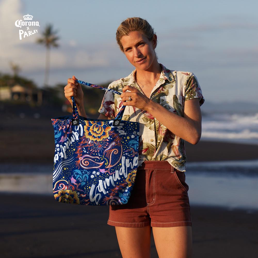 CORONA ANNOUNCES LA CASA, A POP-UP MADE OF RECYCLED PLASTIC
