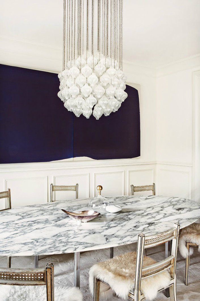 Marble Dining Tables the perfect material for Decoration