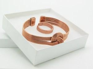 Bracelet et bague en cuivre aimanté
