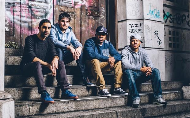 왼쪽부터 Amir Amor, Piers Agget, Leon Rolle(Aka DJ Locksmith), Kesi Dryden