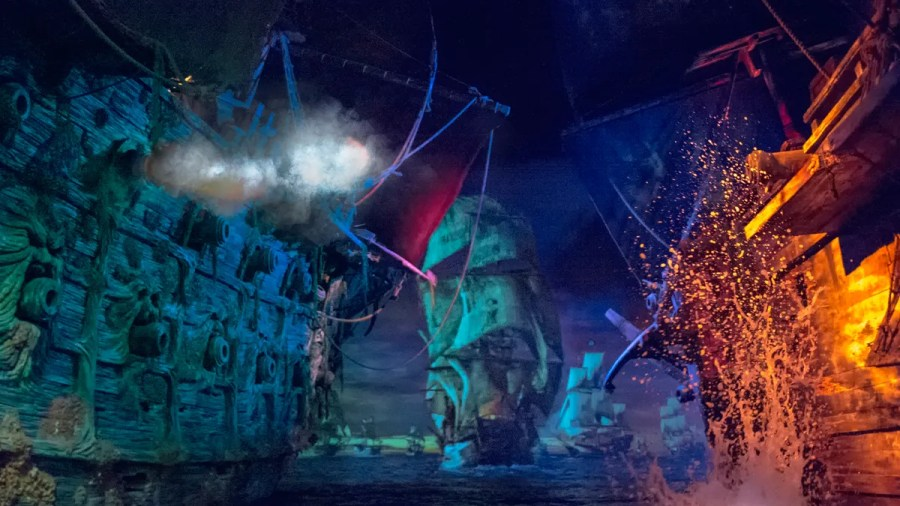 Shanghai Disneyland Pirates of the Caribbean Boat Battle