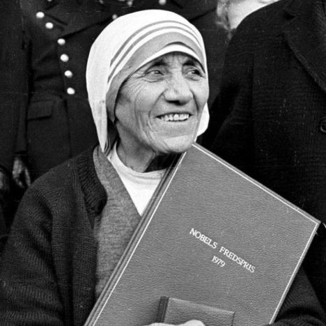 Mother Teresa receiving the prestigious Nobel Peace Prize in 1979. Not surprisingly, she asked not to have the traditional winner's banquet and took the money from that along with the substantial amount which accompanied the Prize totaling $192,000 and donated it all to charity.