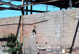 decayingwalls_8-27-05