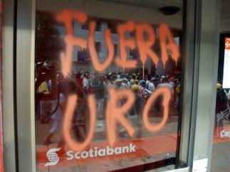 fuera-uro_9-1-06