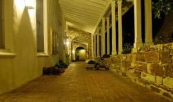 hallway_8-13-07