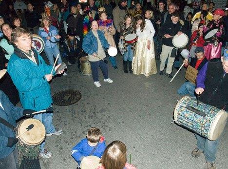 drum-circle_12-31-07