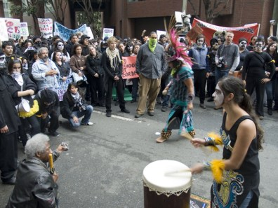 danza-azteca_10-31-08