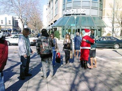 Santa Love in Santa Cruz