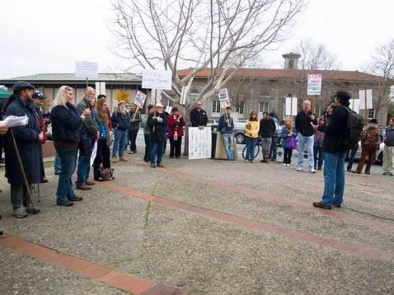 wikileaks-rally-santa-cruz_1-8-11