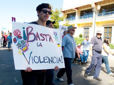 basta-la-violencia_10-29-11