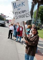 honk-for-teachers_5-25-05