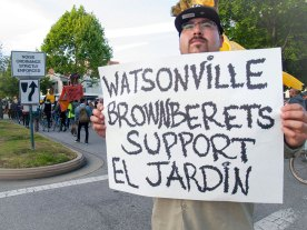 Watsonville Brown Berets Support El Jardín