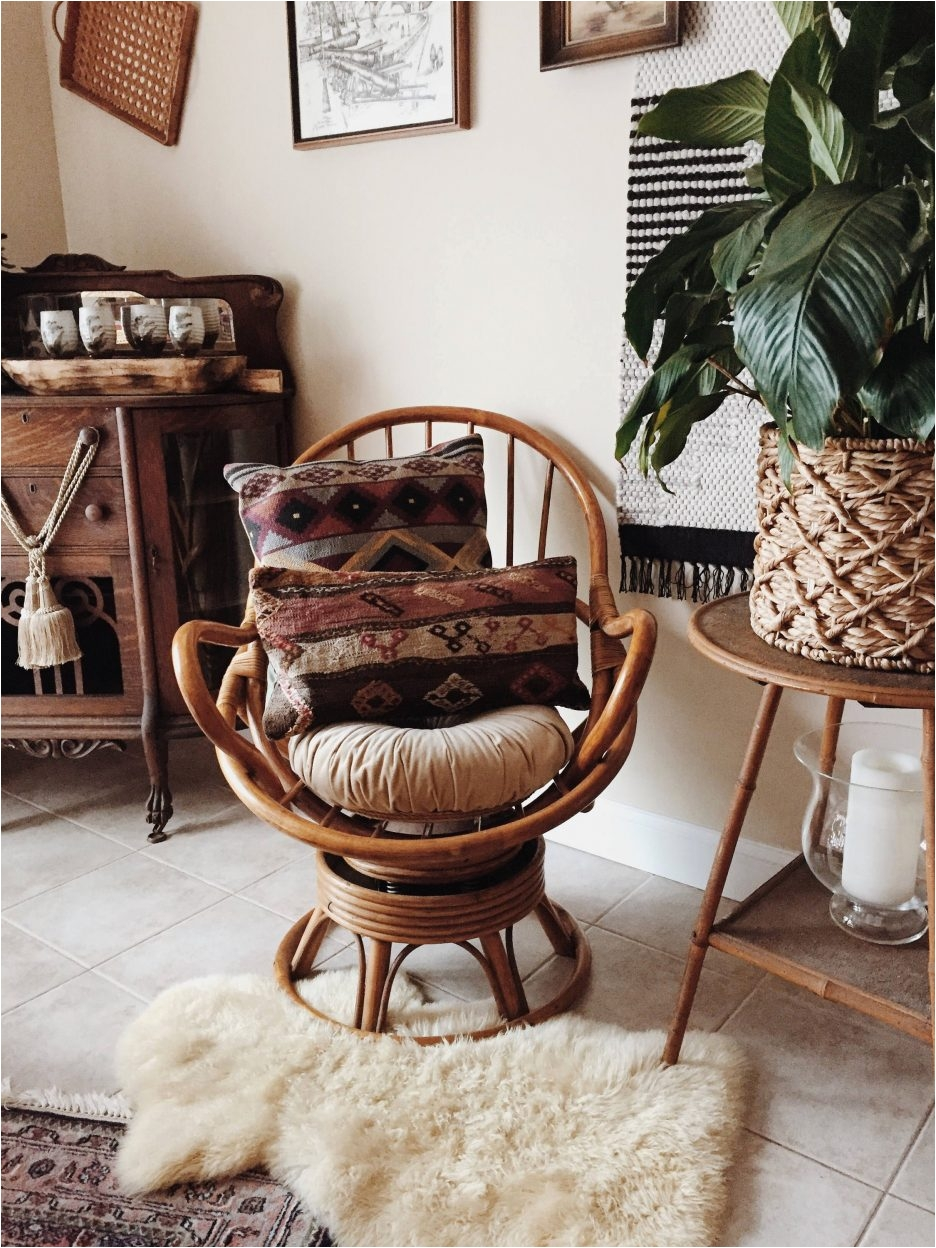 swivel chairs living room rent a center furniture pier one rattan chair luxury mid century