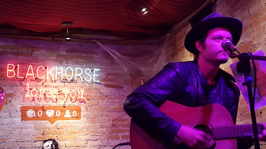 Host Chris at Black Horse open mic in Mexico City