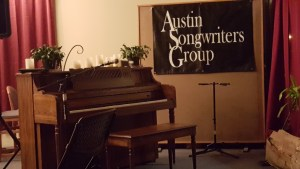 piano and sign at Austin Songwriters Group open mic