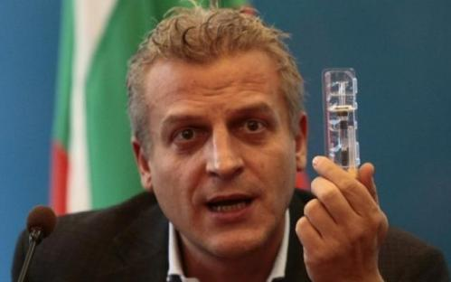 Нов скандал тресе държавата! Ахчиева с нови сензационни разкрития за ваксините и мръсните сделки между България и Турция!