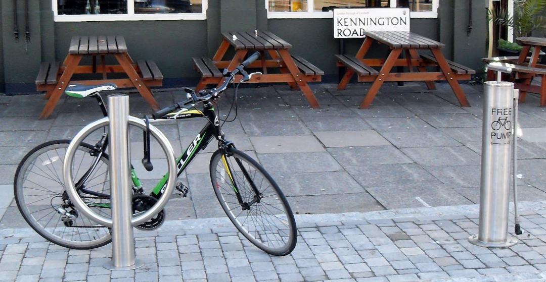 Suportes de estacionamento para bicicletas