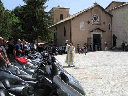 La benedizione al Santuario della Mentorella