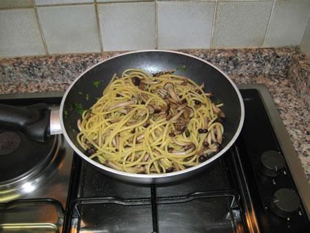 Spaghetti ai pioppini