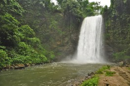 Falls #1 is Hikong Alo, which can be seen even without riding the zipline. Bathing in Lake Sebu's Seven Falls is discouraged.