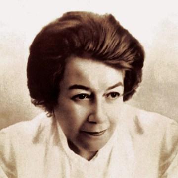 Ana Aslan , medic roman specialist in gerontologie, academician