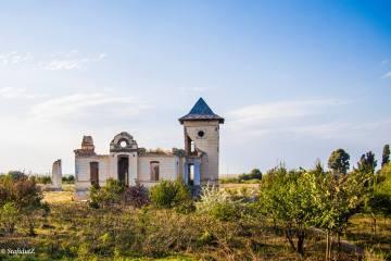 Conacul Orezeanu din comuna Traian