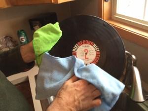 vinyl-record-microfiber-cloth