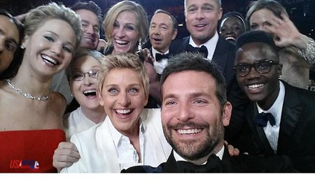 ellen_degeneres_just_took_a_selfie_at_the_oscars_so_epic_that_it_seems_to_be_crashing_twitter_m13