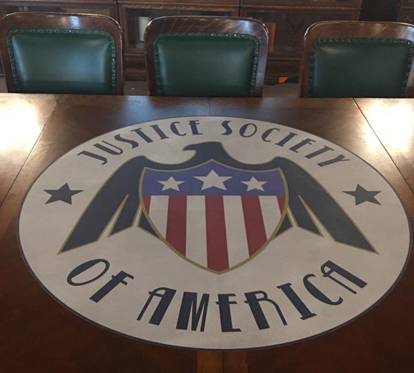 legends-of-tomorrow-jsa-justice-society-of-america-dc-cw-table