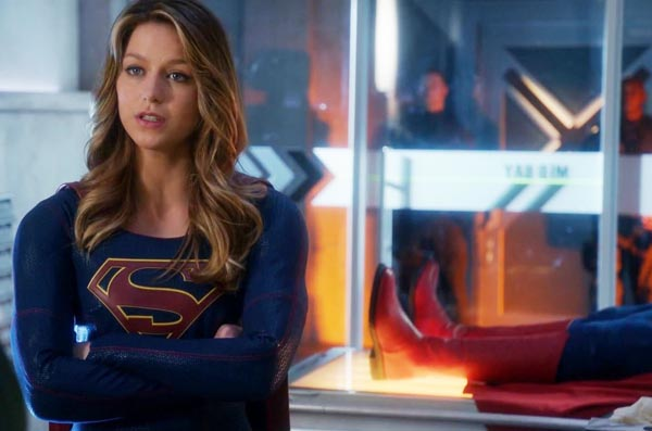 supergirl-tv-superman-boots-cameo