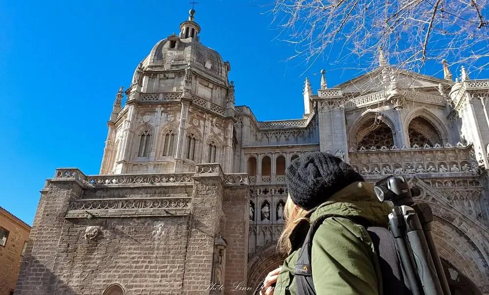 Admiring Toledo Cathedral