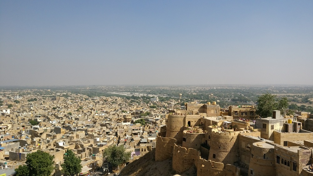 Jaisalmer Fort is one of the obligatory places in Rajasthan to visit