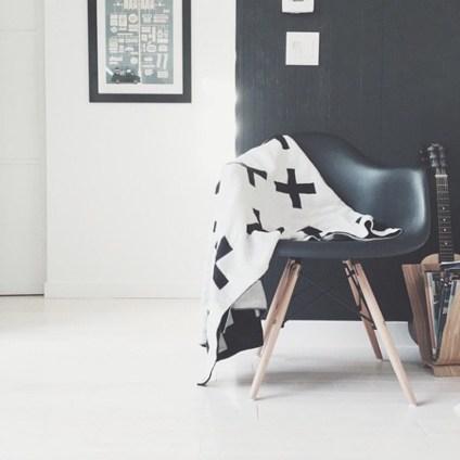 www.thismodernlife.co.uk Swiss Cross Blanket