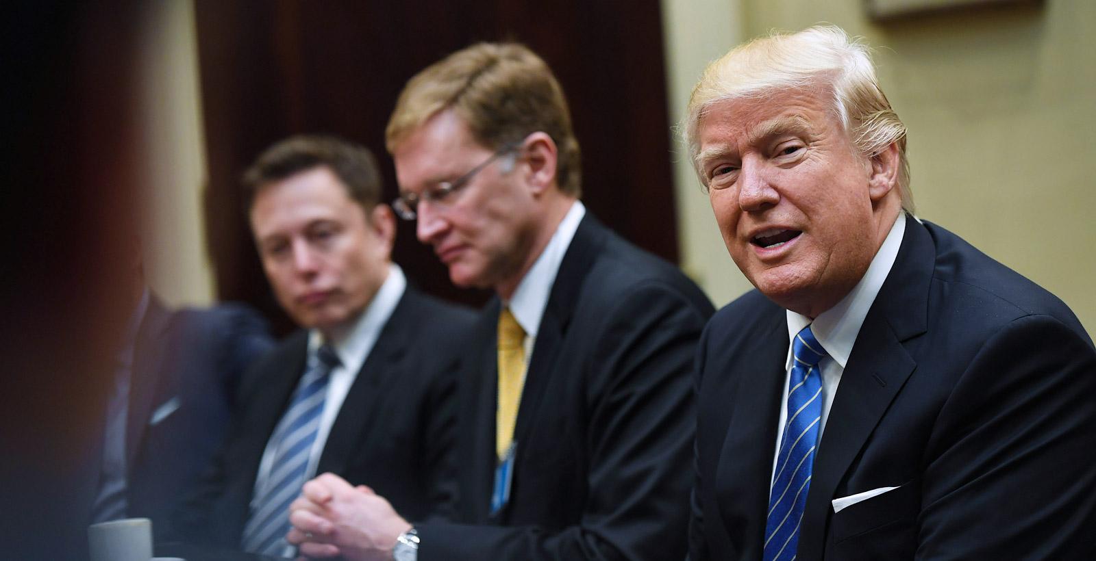 Elon Musk défend sa présence au conseil économique de Donald Trump | Branchez-vous