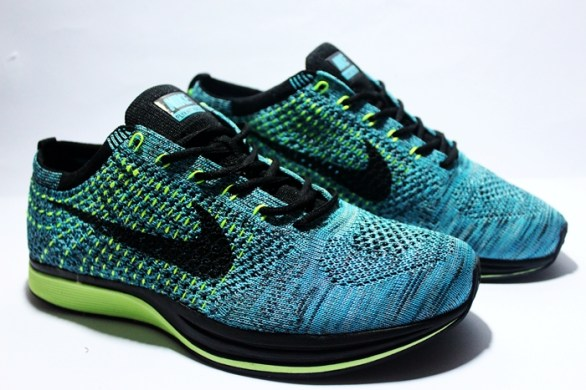 RN0057 Blue Lagoon Trainers Flyknit Racer PremiumRp. 550000