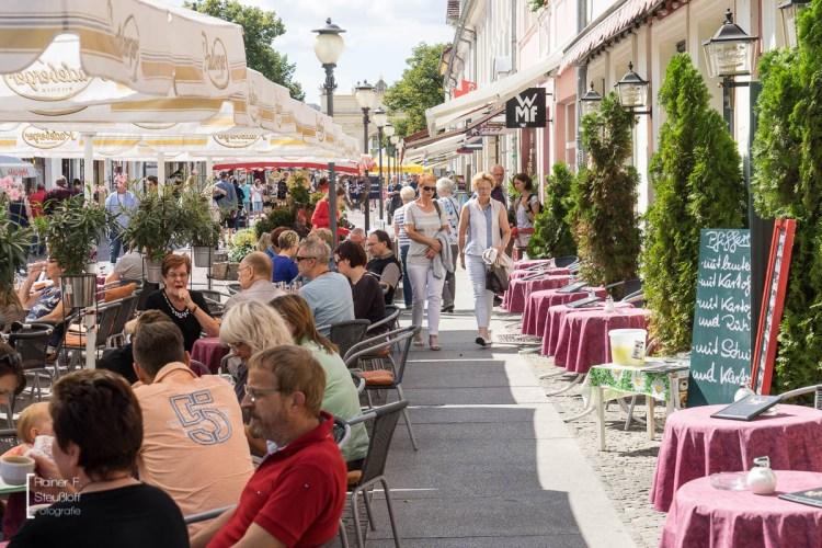 Einkaufen und Vergnügen in der Brandenburger Straße