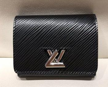 二手LVM63322TWIST黑短夾