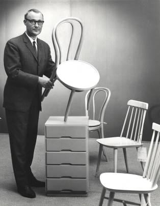 IKEA Founder Ingvar Kamprad Passes Away at 91