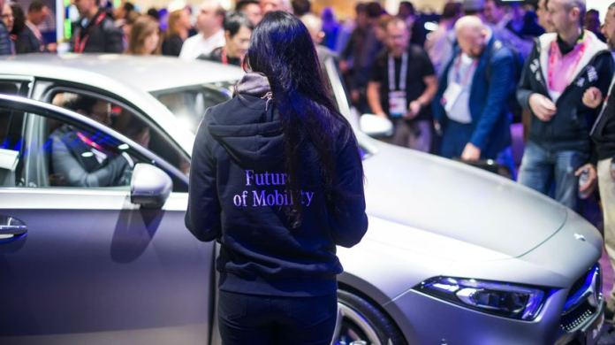 Mercedes-Benz Focuses on Artificial Intelligence at the Mobile World Congress 2018