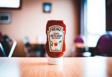 Heinz, ketchup, plantable, label, seeds, campaign