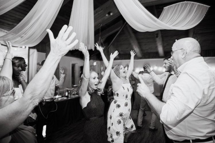 170916_BranonFerguson_TorontoWeddingPhotographer_Portfolio_WeddingPhotographyAndVideography_Brandon Ferguson_021