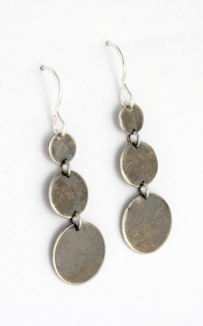 earrings_3circle_graduated_earwire_angle